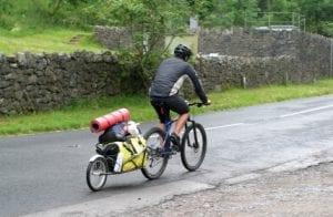Auf Reise mit dem Fahrradtransportanhänger